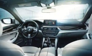 2019 BMW 530i xDrive interior spacee