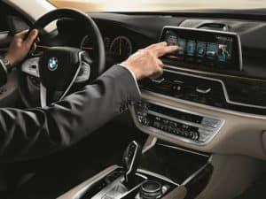 BMW 750i Technology