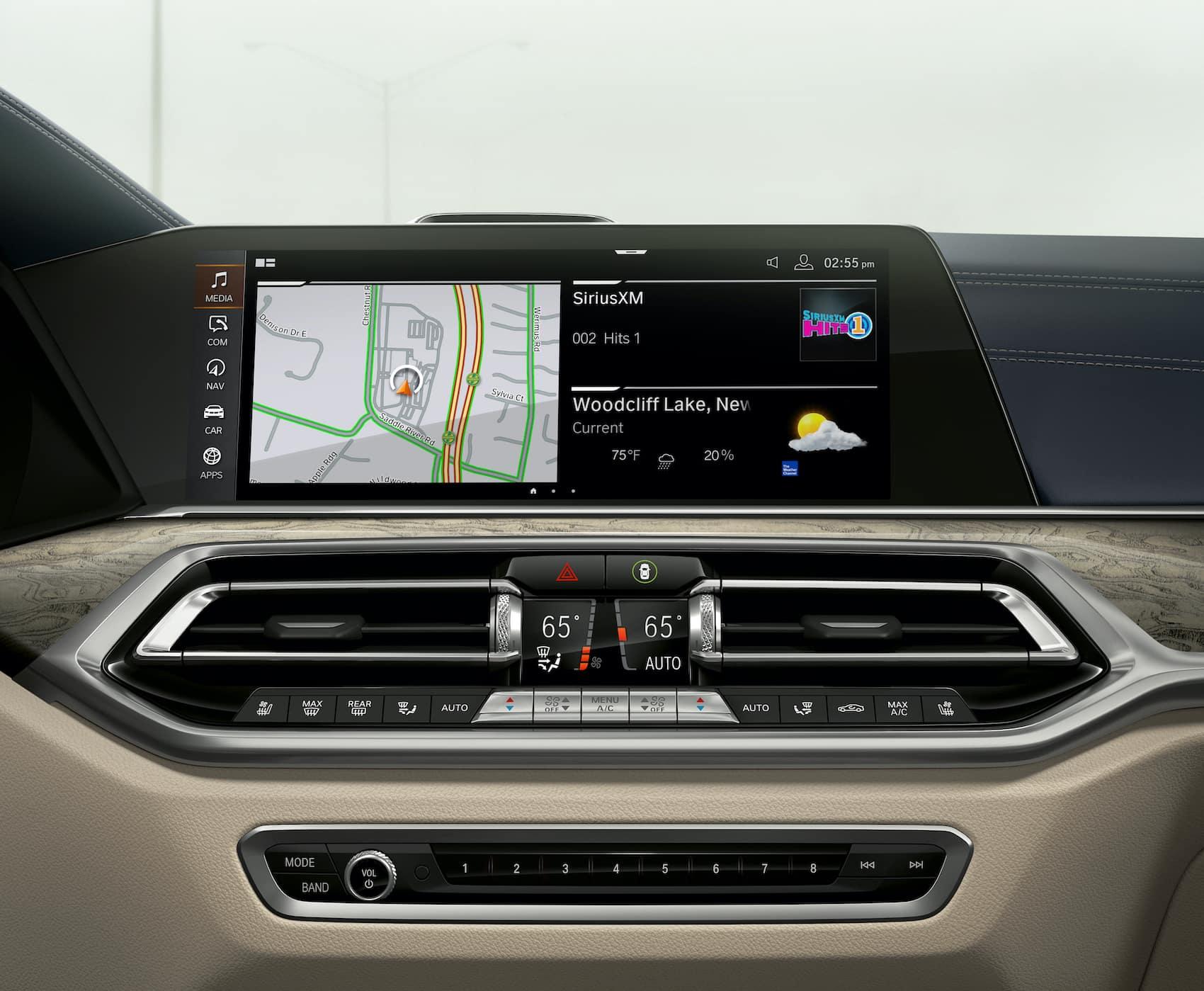 BMW X7 Tech