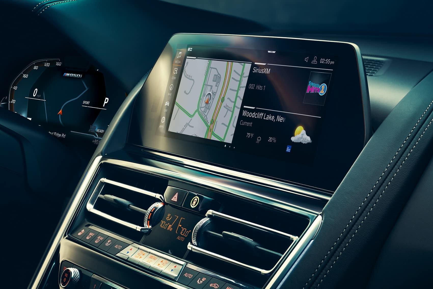 2019 BMW M850i Technology
