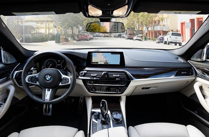 2019 BMW 5 Series Interior Dashboard