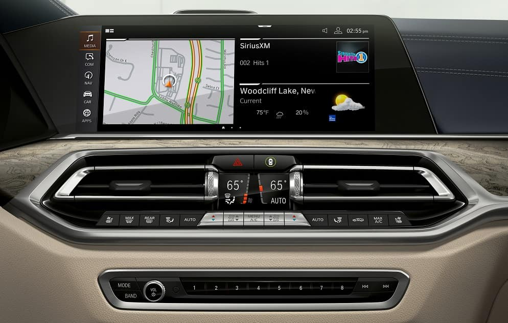 BMW X7 Technology
