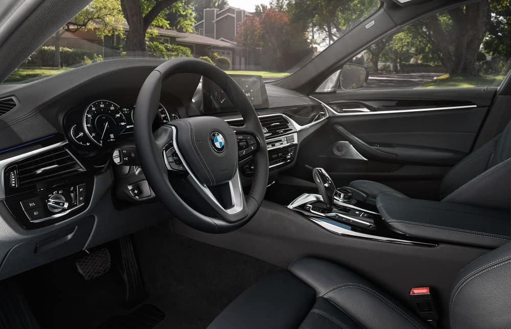2019 BMW 5 Series Technology Features
