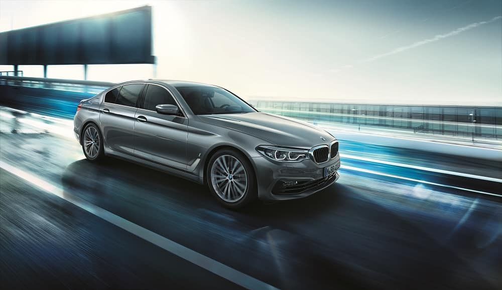 2019 BMW 5 Series Performance Features