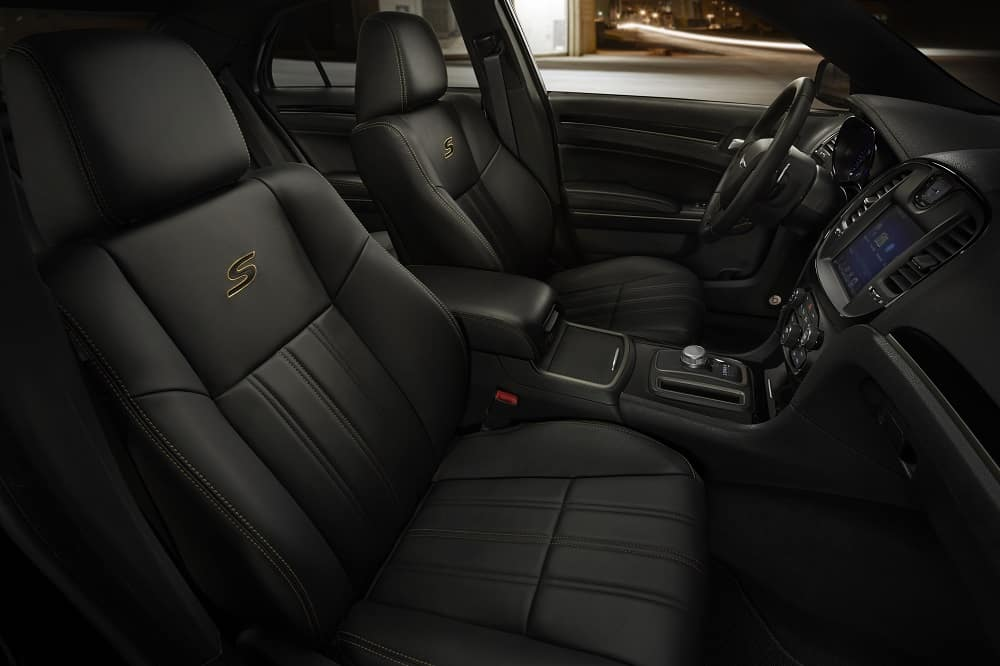 2019 Chrysler 300 Interior Black Leather