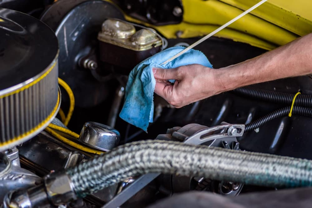 Reading Your Transmission Fluid Dipstick at Elite Acura