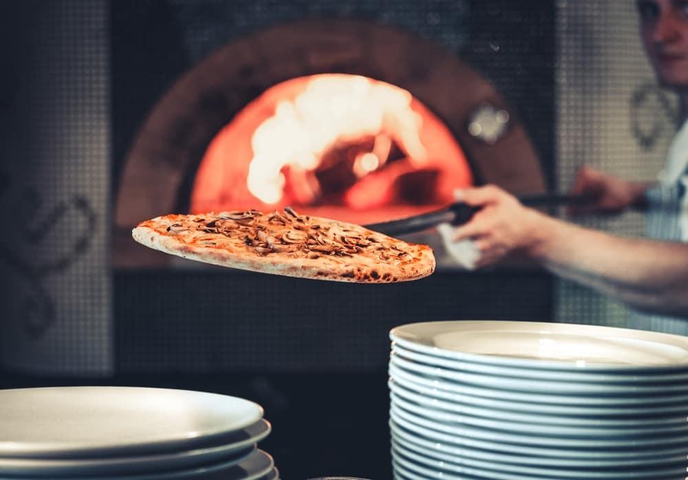 Pizza width=
