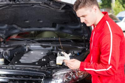 How often should you change your oil jaguar albuquerque nm one more way to know if your vehicle needs an oil change soon is to get under the hood and take a look for yourself checking the oil level and quality solutioingenieria Images