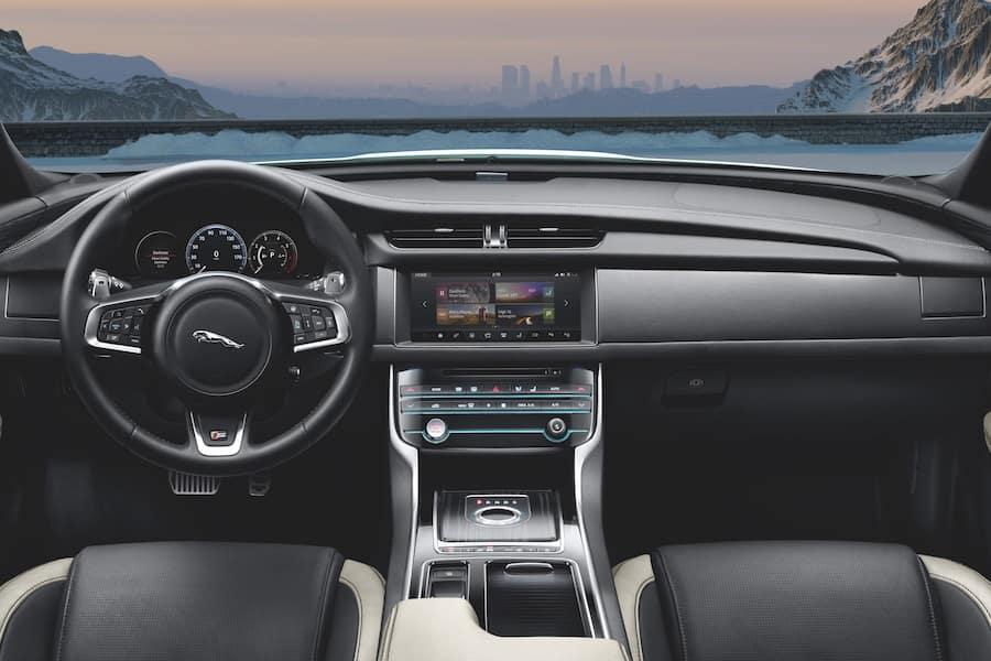 Jaguar XF Interior Features