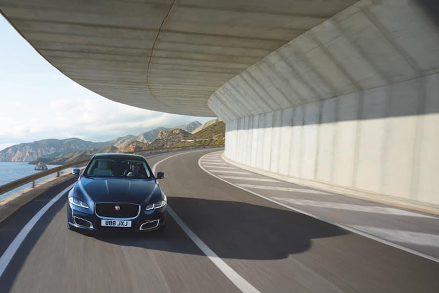 Jaguar XJ Performance