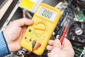 How to Check Your Car Battery Voltage Albuquerque NM | Land Rover