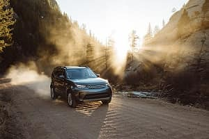 2018 Land Rover Discovery Dependable Performance
