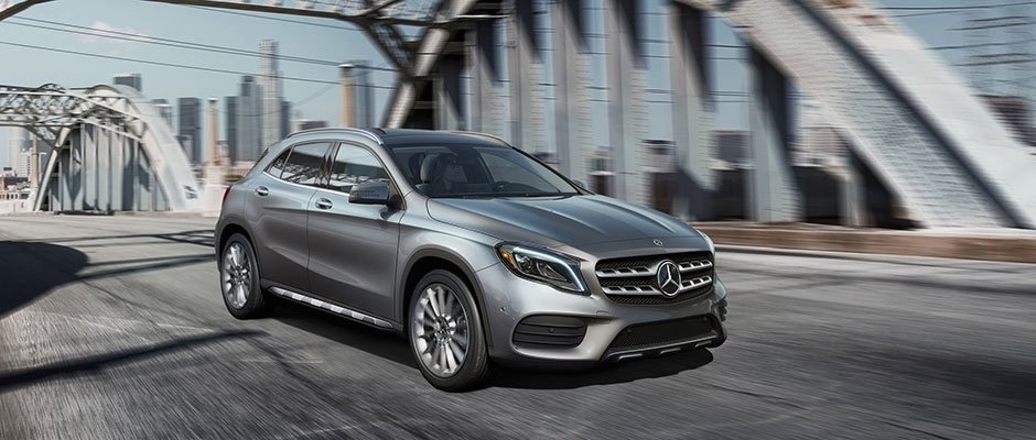 2018 MB GLA Driving