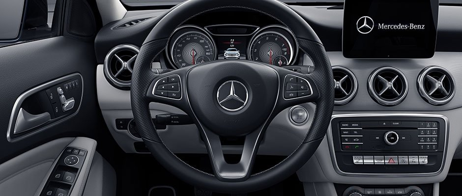 2018 MB GLA Steering Wheel