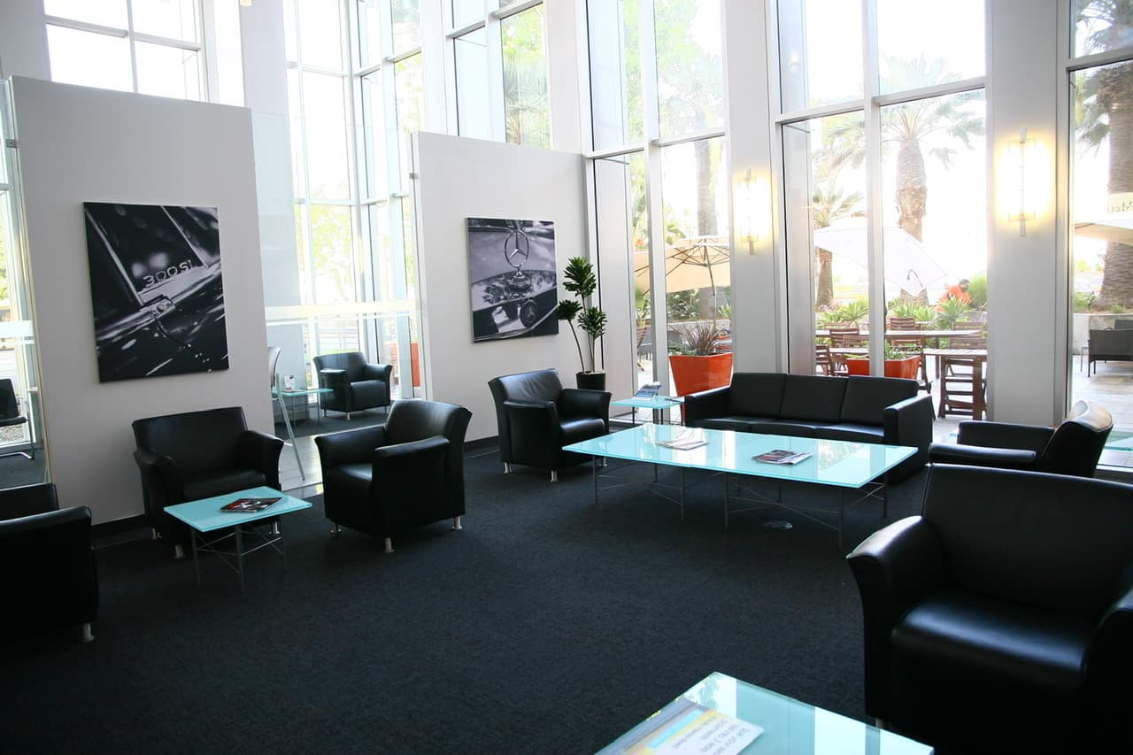 Mercedes-Benz of Beverly Hills Service and Parts Waiting Area