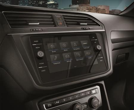 2019 Volkswagen Tiguan Interior Technology