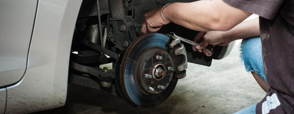 How to Bleed Brakes on Your Car