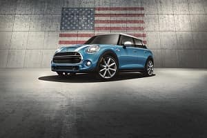 2018 Mini Cooper Hardtop in Electric Blue Metallic