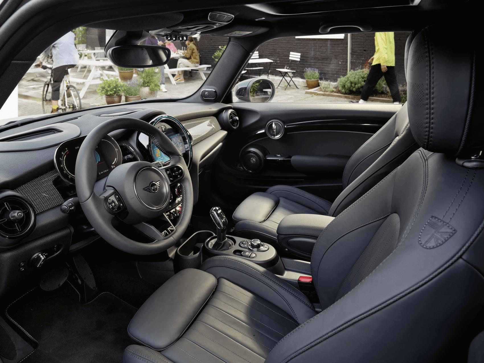 MINI Cooper 2 Door Hardtop Interior