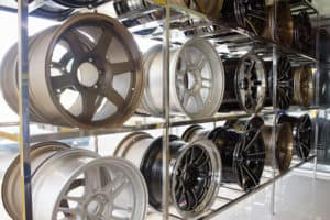 MINI Cooper Advanced Tire Center