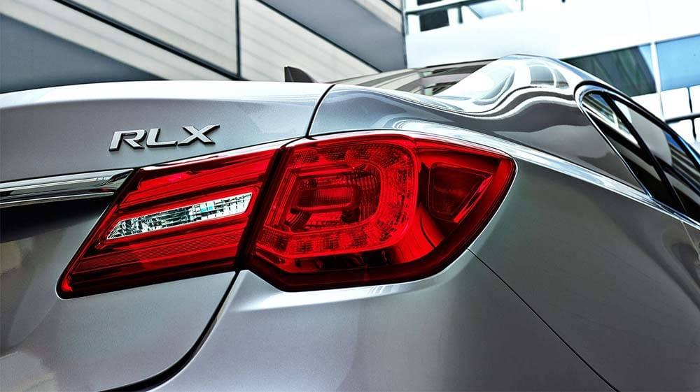 2017 Acura RLX rear view