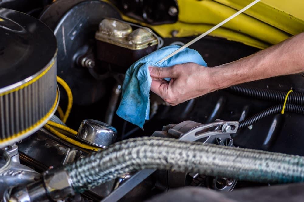 Checking Transmission Dip Stick